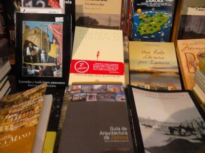 20150216231329-libro-zamora-semuret.jpg